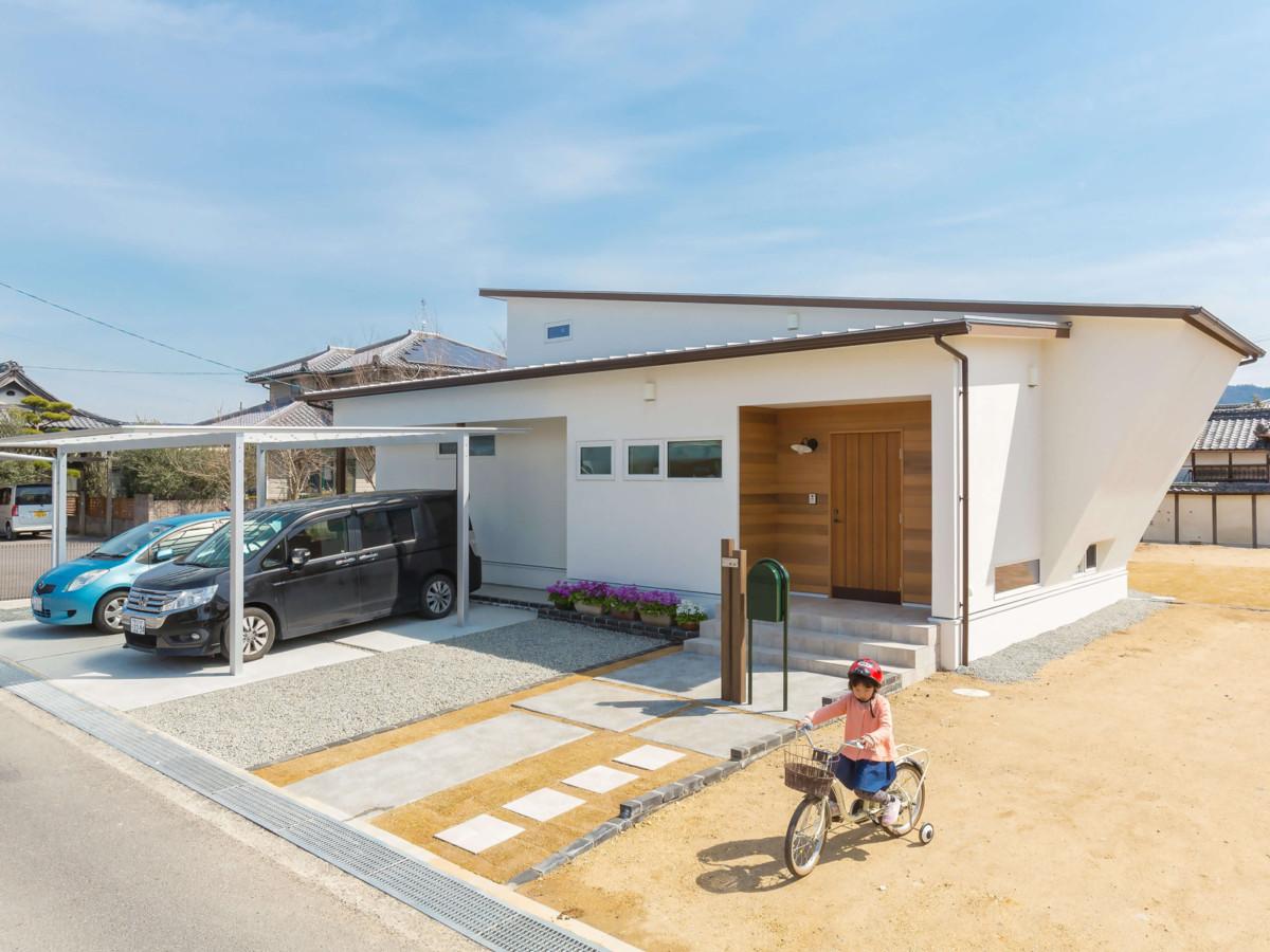 心地よさには理由がある。 性能とデザインを両立させた家。